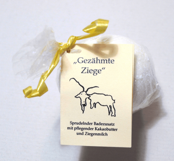"""Badekugel Ziegenmilch """"Gezähmte Ziege"""" Milchduft"""