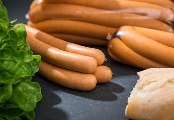 Wiener Würstchen vom Aktivstall-Schwein