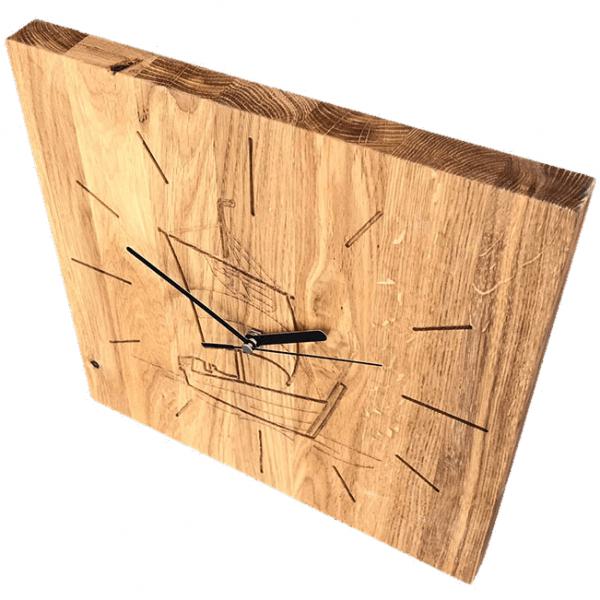 """Wanduhr aus Holz """"Wissemara von Goertz"""""""